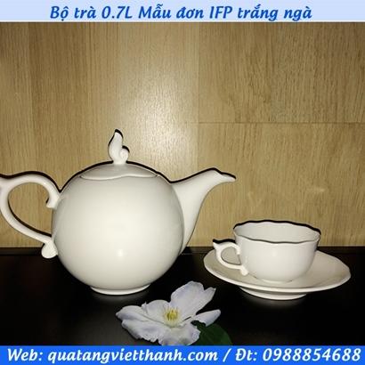 Bộ trà 0.7L Mẫu đơn IFP trắng ngà