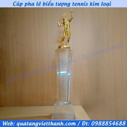 Cúp pha lê biểu tượng tennis kim loại