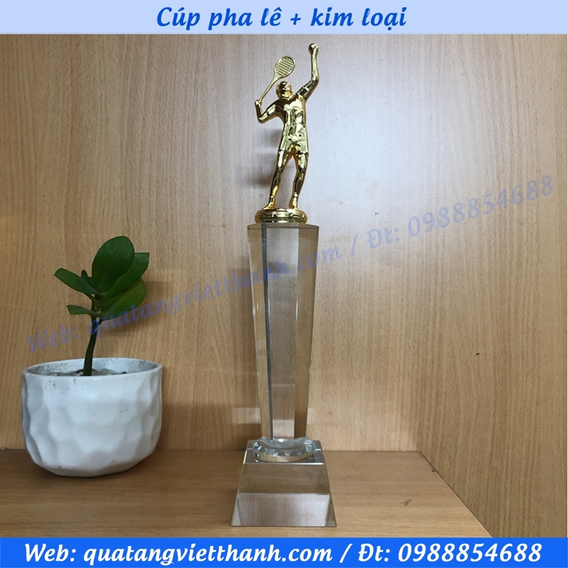 Cúp pha lê kim loại (mẫu tennis kim loại cao)